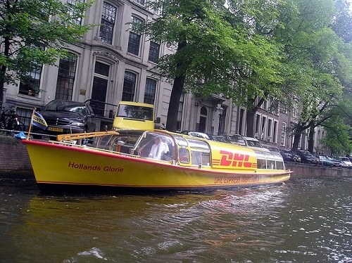 """""""Amsterdam"""" (http://goo.gl/GoiajW) by _Nicole90_ (http://goo.gl/Sczzt2) is licensed under CC BY-SA 2.0 (https://creativecommons.org/licenses/by-sa/2.0/)"""
